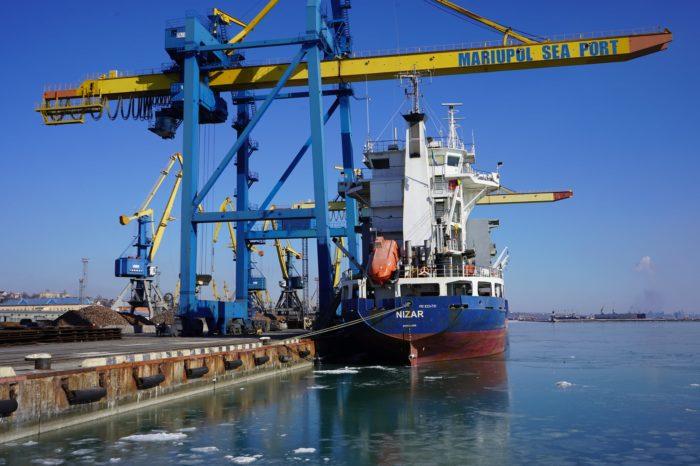 С начала месяца Мариупольский МТП обработал уже 26 судов