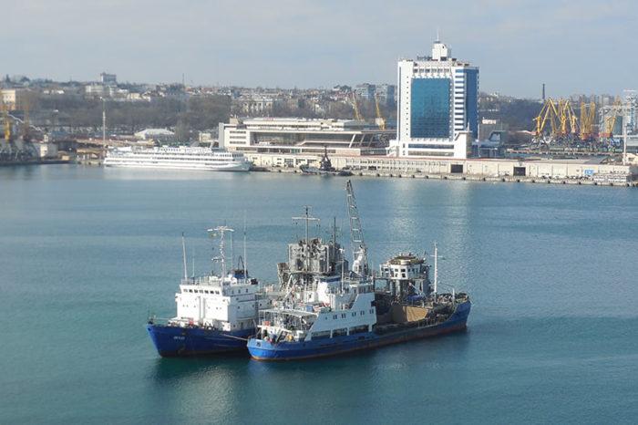 В Одесском порту начали дноуглубление
