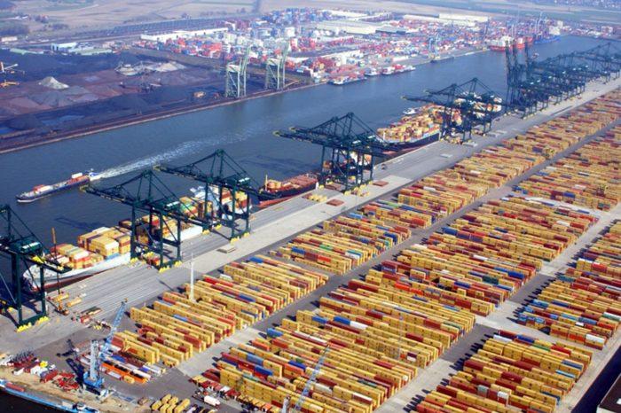 Порты Антверпен и Зебрюгге договорились о слиянии