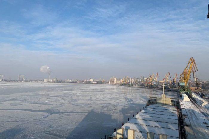 В Николаевском порту объявили ледовую кампанию