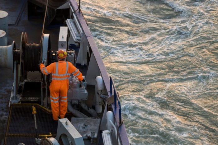 Ассоциация европейских судовладельцев призвала к совместной борьбе с пиратами в Гвинейском заливе