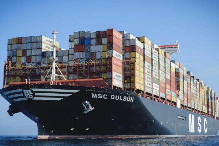 Maersk может потерять статус крупнейшей в мире контейнерной линии
