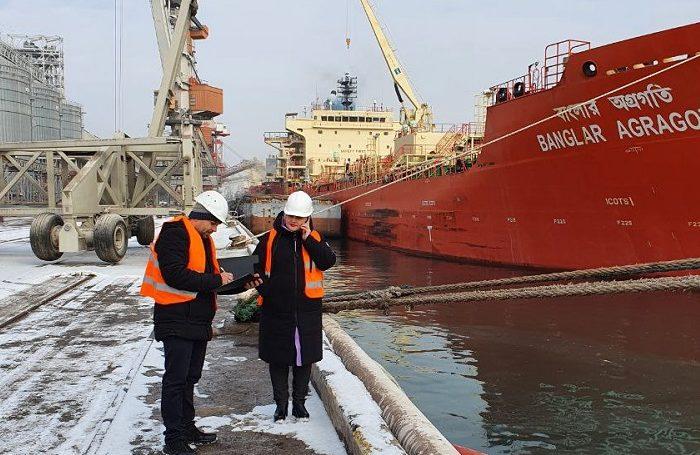 В Черноморском порту прошли учения по ликвидации разливов масла