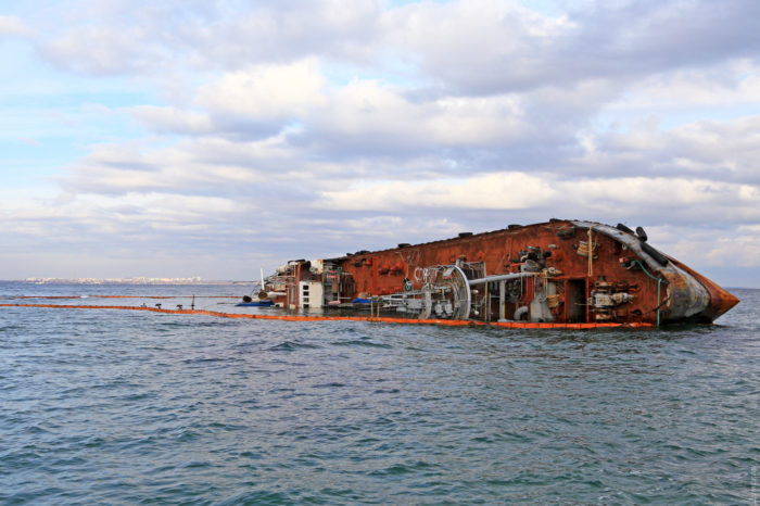 За 2020 год на морском и речном транспорте Украины произошло 43 аварии