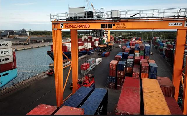 Клайпедский контейнерный терминал закупит новую портовую технику