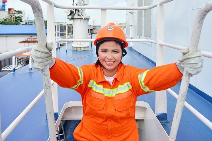 Женщины занимают всего 5% руководящих должностей в судоходной отрасли