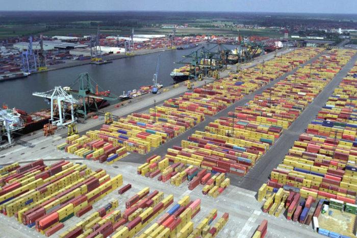 В порту Антверпена начали использовать дроны для слежения за акваторией (ВИДЕО)