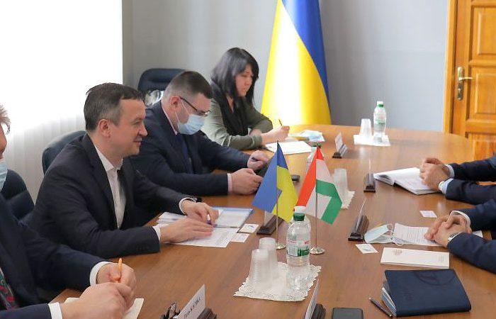 Украина планирует увеличить экспорт агропродукции в Таджикистан