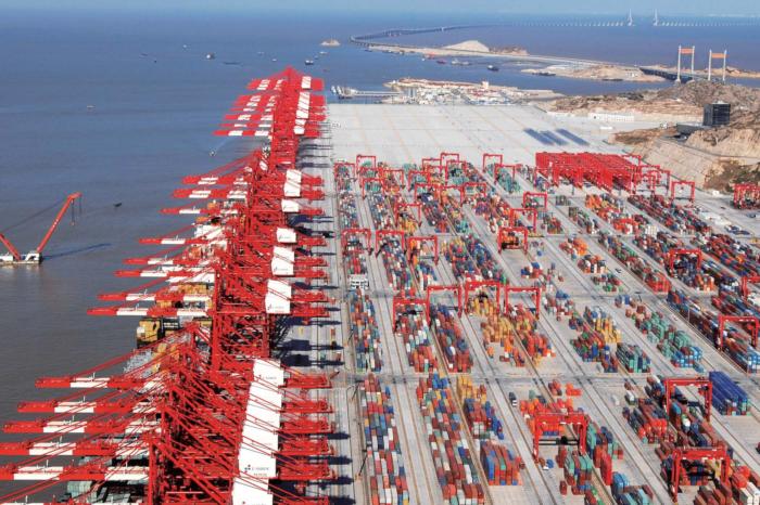 PIANC презентовали «Планирование автоматизации контейнерных терминалов 2021»