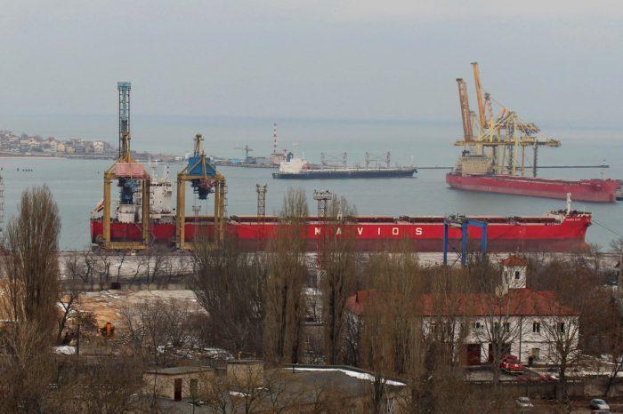 В порту Черноморск установили рекорд суточной перевалки грузов