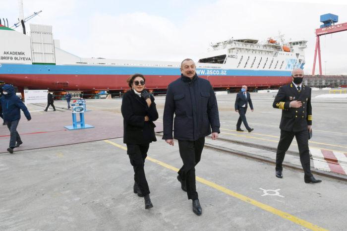 В Азербайджане спустили на воду судно, спроектированное украинской компанией (ФОТО)