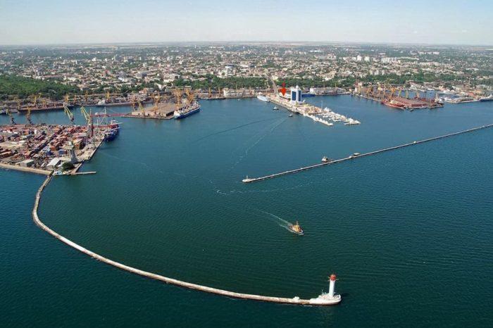 Полиция расследует «минирование» Одесского порта