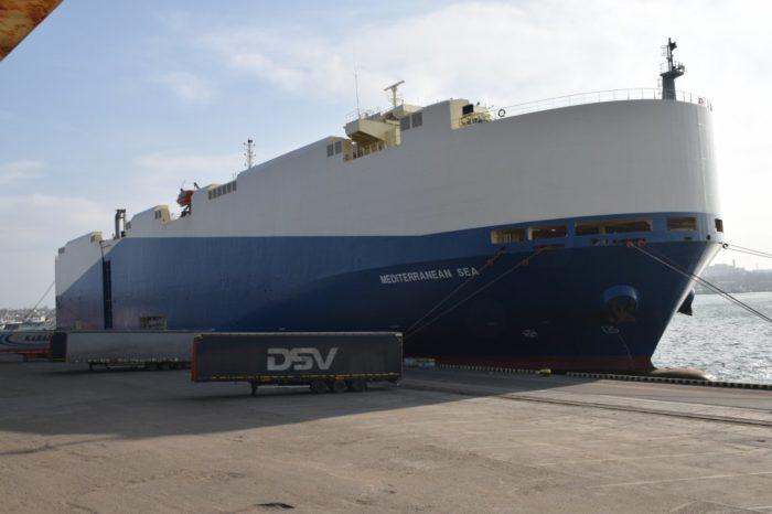 В Черноморске с рекордной скоростью разгрузили судно-автомобилевоз Neptunes Lines