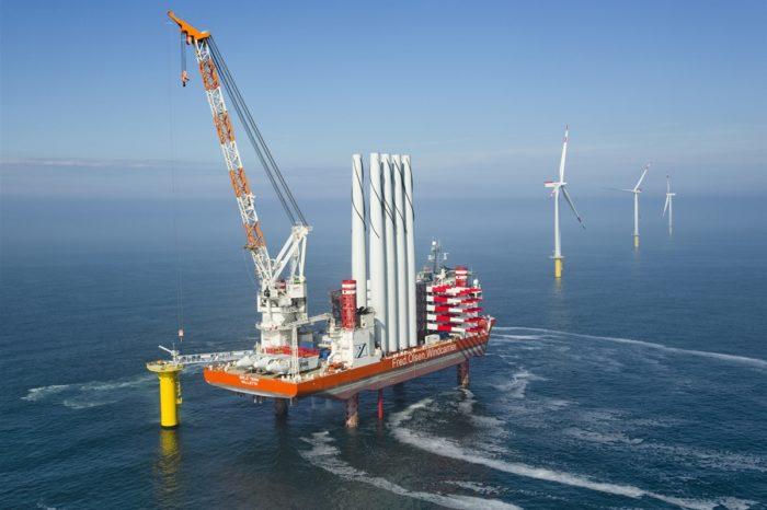 В США строят первое самоподъемное судно для установки морских ветряков
