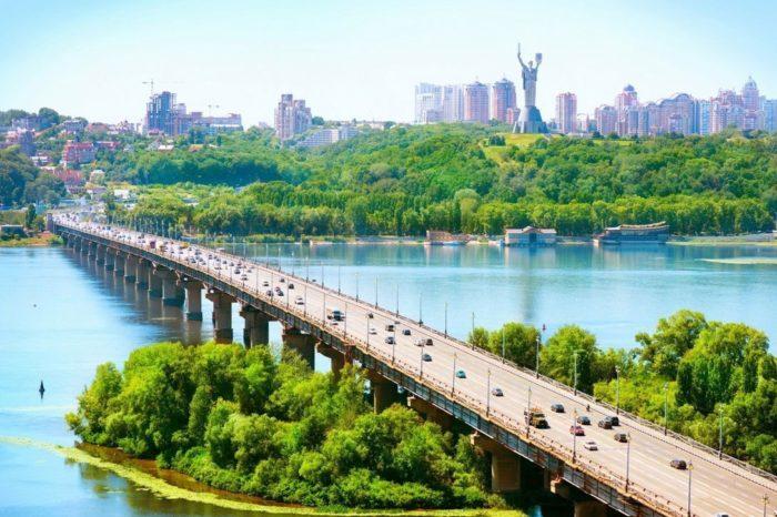 В Киеве хотят возобновить речные пассажирские перевозки