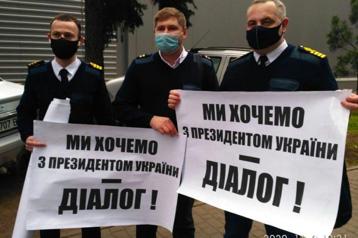 Моряки снова обратились к президенту Украины