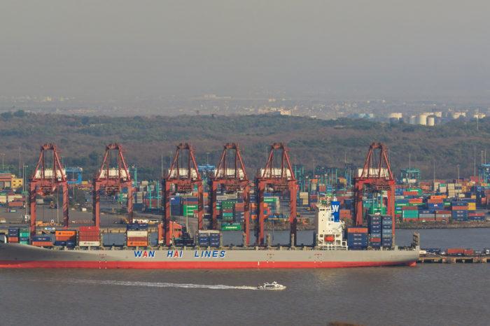 Индия потратит 82 млрд долларов на развитие своих портов