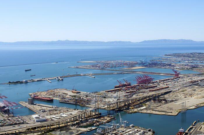 Северная Америка ответственна за нехватку контейнеров в мире, – исследование