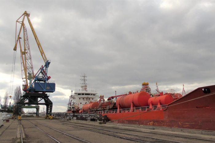 Порт Измаил перевыполнил мартовский план по грузообороту