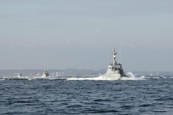 Катера ФСБ в Азовском море препятствовали дежурству катеров ВМС ВСУ