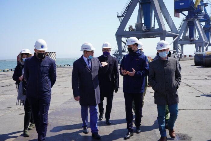 Новый зерновой терминал в Мариупольском порту заработает уже в октябре