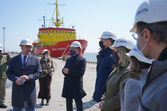 Из-за закрытия Керченского пролива ММТП не сможет ремонтировать свой флот