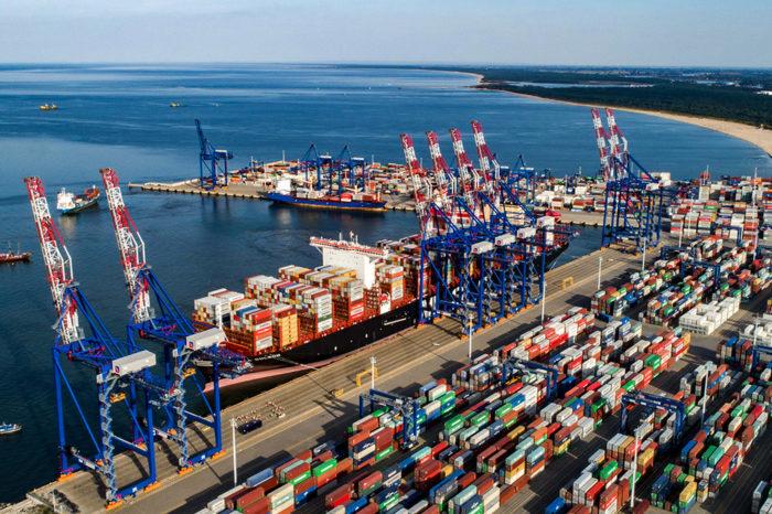 Судозаходы в порты ЕС стали реже на 10%