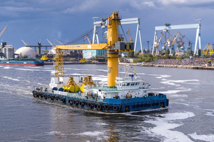 Плавкран «Святой Николай» перегрузил 10 млн тонн грузов за 7 лет