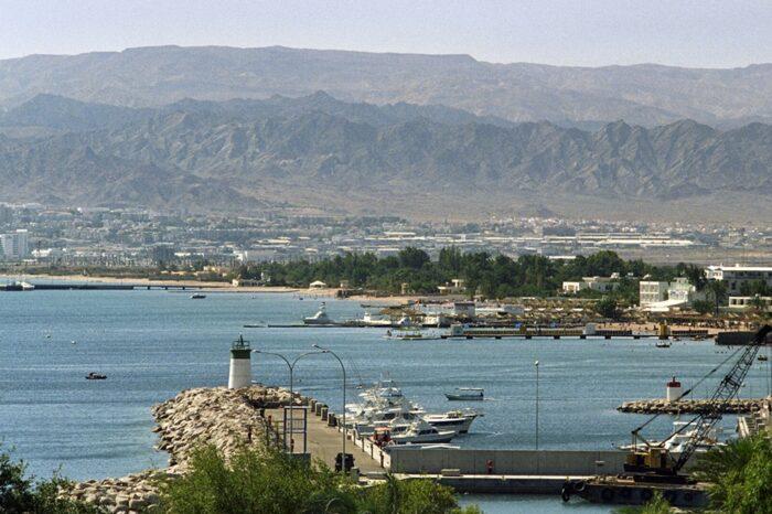 Катер со взрывчаткой атаковал порт в Саудовской Аравии
