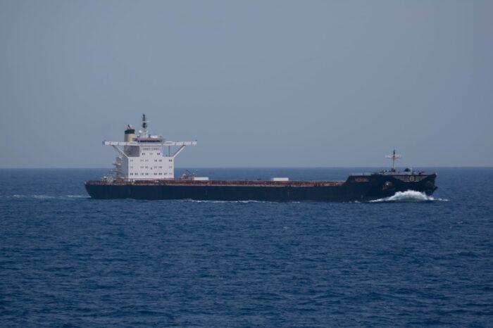 На греческом судне обнаружили вспышку Covid-19