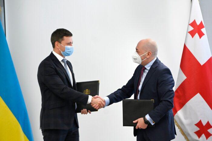 Грузия и Украина обсуждают реализацию прямого паромного сообщения