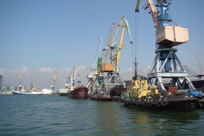 С начала года «Аскет Шиппинг» в Бердянске обработали 30 судов