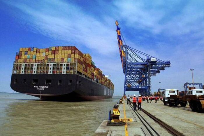 Индия освобождает от портовых сборов суда, перевозящие кислород