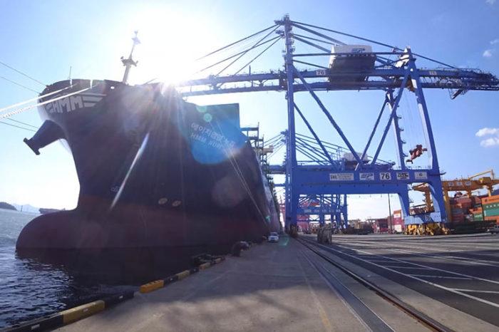 Видео дня: первый рейс первого контейнеровоза HMM на СПГ