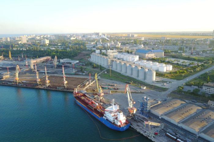 Морской порт Черноморск обработал более 2 млн тонн грузов