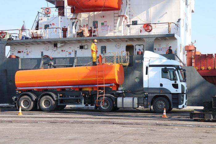 Порт «Ольвия» впервые самостоятельно принял загрязняющие вещества с судна