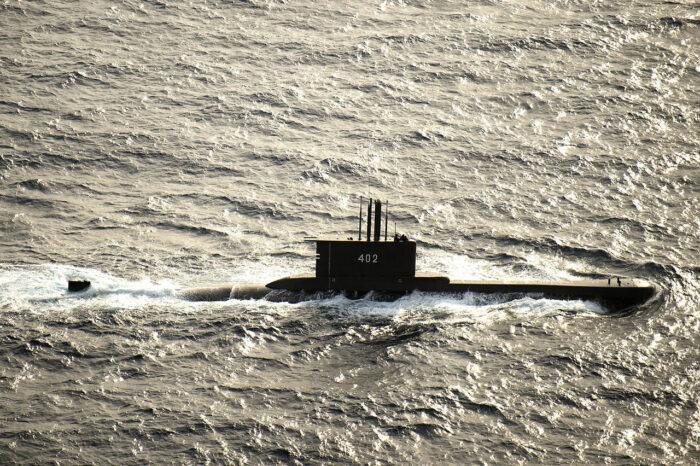 Затонула подводная лодка ВМС Индонезии: экипаж спасти не удалось