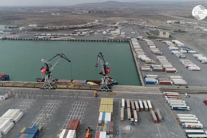 Бакинский порт увеличил перевалку грузов на 17%