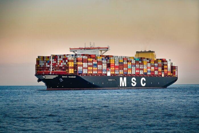 MSC готовится обогнать Maersk как крупнейшую в мире контейнерную линию