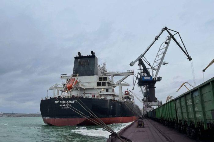 В марте в порту Пивденный обработали 5 «кейпсайзов»