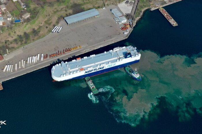 Neptune Lines увеличивает импорт автомобилей в Украину