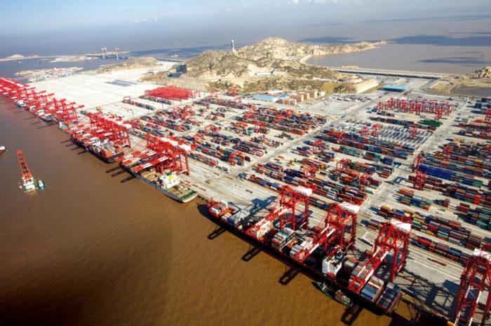Китай наращивает производство контейнеров