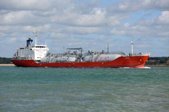 В порт Одессы из России пришел газовоз с грузом для «Укртатнафты»
