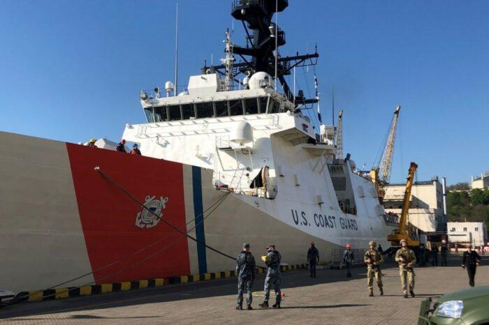 Фрегат береговой охраны США USCGC Hamilton зашел в Одессу