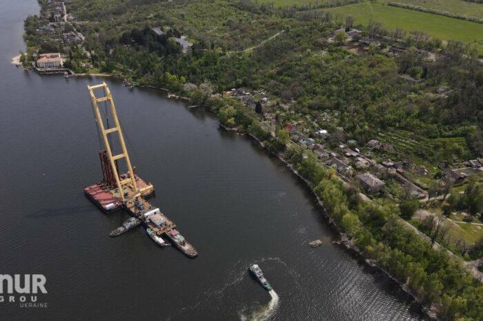 Авария с плавкраном «Захарий»: строительство моста приостановлено