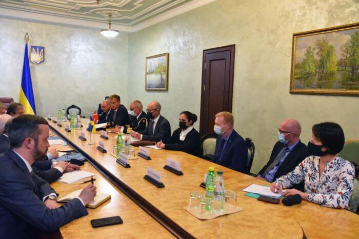 Украина хочет строить корабли для ВМСУ по проектам Дании