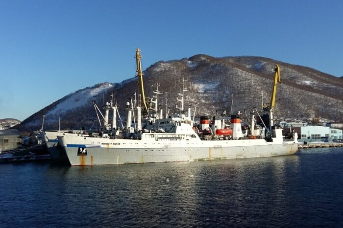 В Китае на рыболовном судне РФ обнаружили COVID-19