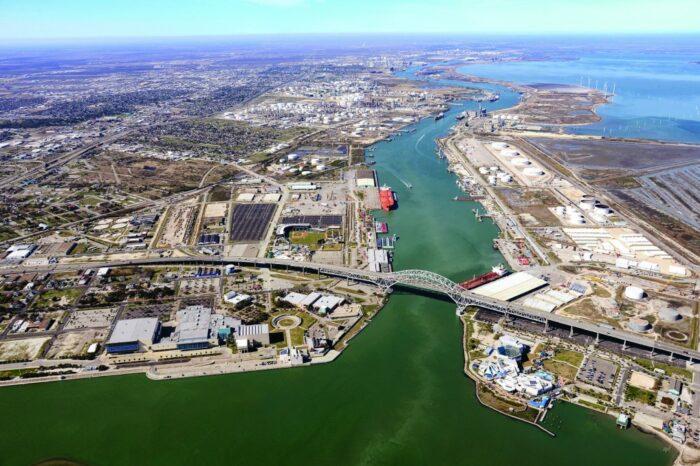 В главном порту Техаса планируют производить «зеленый» водород