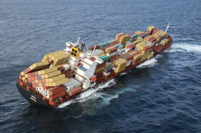 Комитет по безопасности на море будет мониторить потерянные контейнеры