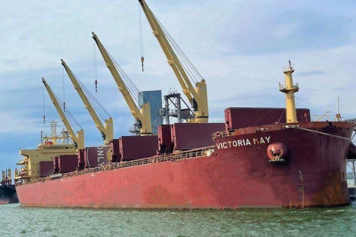 Порт «Ника-Тера» поставил собственный рекорд по погрузке зерновых